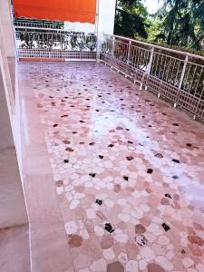 tratamiento-suelo-terraza-material-cacheado
